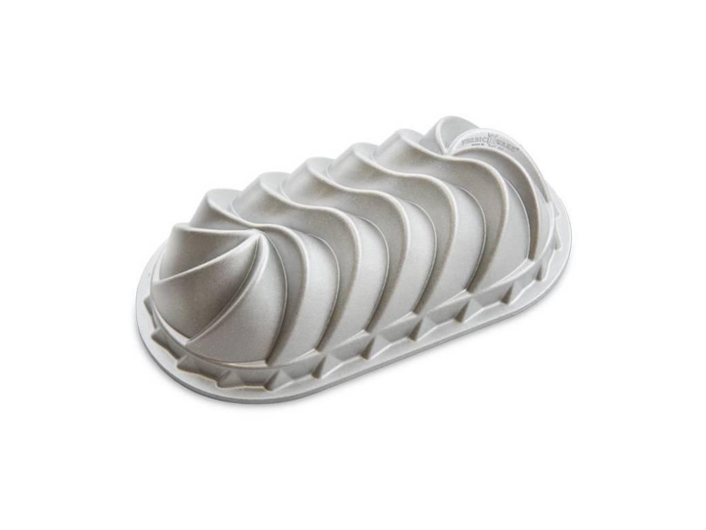 Forma na biskupský chlebíček, HERITAGE stříbrná - NORDIC WARE