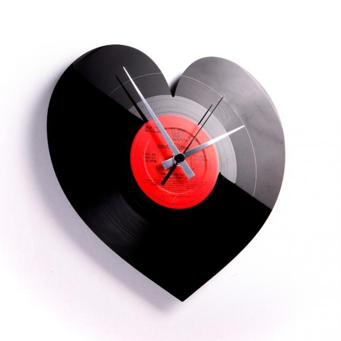 Nástěnné hodiny HEART - Discoclock